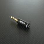 2.5mm4極を2.5mm4極にL型変換、3.5mm4極プラグに変換するプラグアダプタ